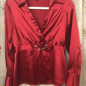 Red silk top perfect for holidays 🎅 🎄